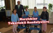 Harçlıklarıyla Engellilere Tekerlekli Sandalyeler Aldılar.